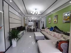 (城区)中心广场3室2厅1卫130m²精装修