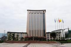 (西外凤凰国际大酒店旁稀缺写字楼出售、面积可根据需求分割