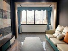 (城区)中心广场3室1厅1卫73m²精装修