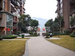 (北外)江湾城一期3室2厅2卫125m²毛坯房