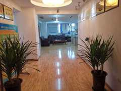 (城区)滨江·国贸3室2厅1卫72万93m²精装修出售