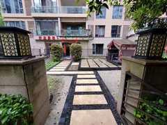 【北外】江湾城二期小面积低跃精装修,带大花园,买一层送一层