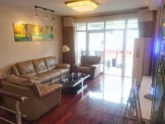 国际新城4室2厅2卫69万120m²出售