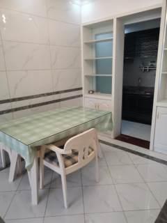 (西外)凤凰城(莲花湖)3室2厅1卫2300元/月96m²精装修出租