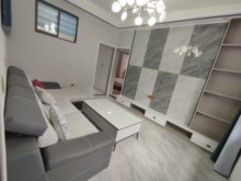 (中心广场)珠市街72号3室2厅1卫39万80m²出售
