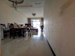 (西外)御景上城3室2厅2卫2000元/月100m²出租