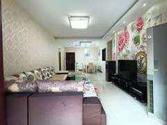 (南外)六合世家3室2厅2卫75万106m²出售