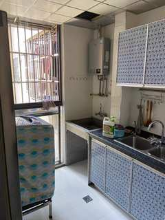 (南外)中央公园2室1厅1卫1600元/月81m²出租
