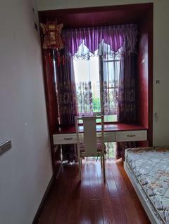 (西外)蓝润十年城2室1厅1卫20000元/月69m²出租