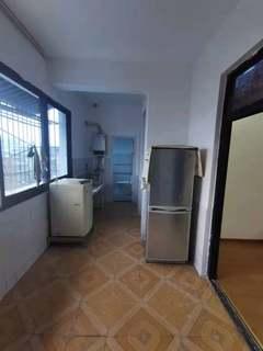 钟楼大厦3室2厅2卫2100元/月139.3m²出租