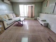 带有一个大平台 2室2厅1卫1000元/月108m²出租