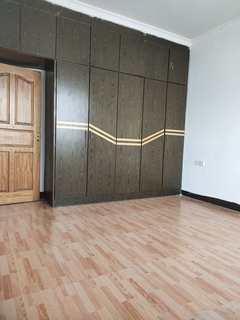 3室1厅1卫1000元/月100m²简单装修出租