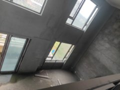 (西外)中梁·首府5室2厅2卫110万148m²出售