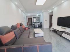 (西外)中迪广场3室2厅2卫2100元/月94m²出租