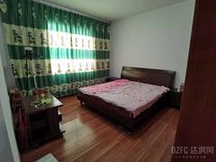 (西外)五一花园4室2厅2卫1550元/月171m²出租