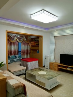 (西外)西泉怡庭2室2厅1卫1350元/月90m²出租