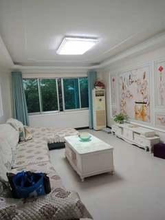 3室2厅2卫1050元/月135m²出租