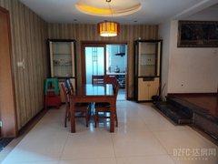(西外)通锦·国际新城4室2厅2卫2100元/月144m²出租