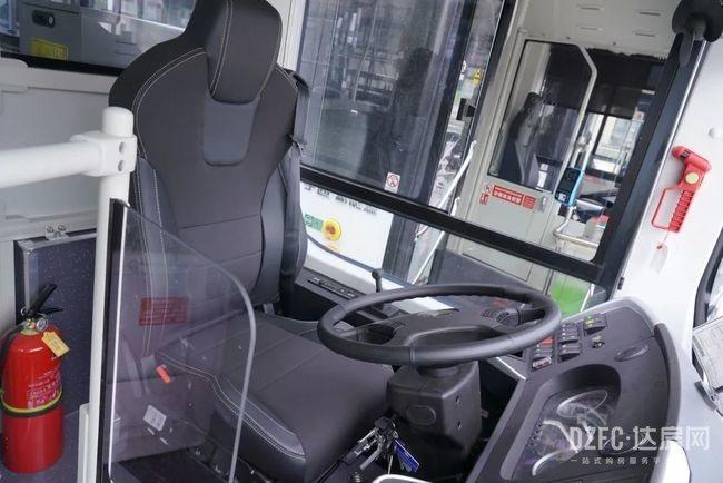 达州 达房网 公交 公交车 七河路公交首末站 梨树坪