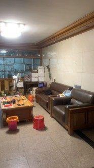 西圣公园 3室 115.2㎡ 38万 简易装修